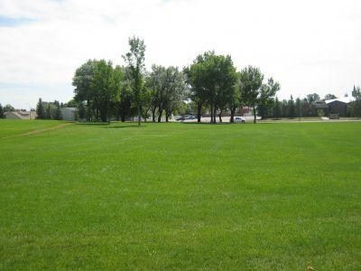 Nicholas Sheran Park, Main course, Hole 2 Middle tee pad