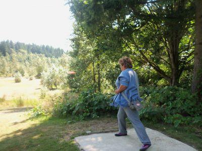 Langley Passive Park, Main course, Hole 10 Tee pad