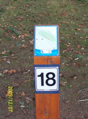 Bowen Park, Main course, Hole 18 Short tee pad