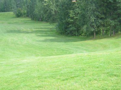 Rainbow Park, Main course, Hole 9 Tee pad