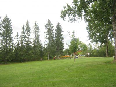 Rainbow Park, Main course, Hole 3 Tee pad