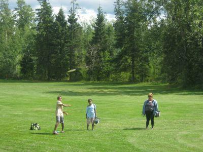 Rainbow Park, Main course, Hole 8 Short tee pad