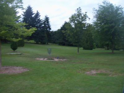 Little Mountain at Q.E. Park, Main course, Hole 5 Short approach