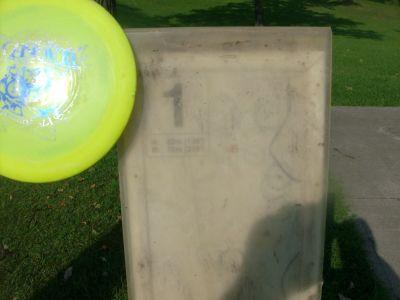 Happyland Park, Main course, Hole 1 Hole sign