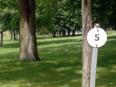 Loyalist College, Main course, Hole 5 Hole sign