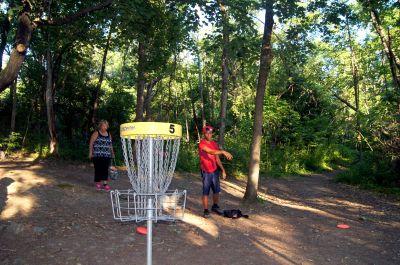 White Spruce Park, Main course, Hole 5 Putt