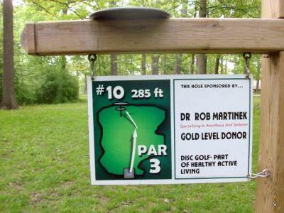 Mohawk DGC, Main course, Hole 10 Short tee pad