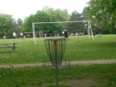 Mohawk DGC, Main course, Hole 3 Short tee pad