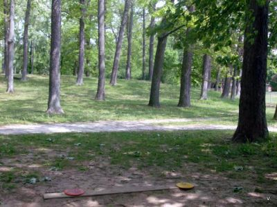 Mohawk DGC, Main course, Hole 14 Short tee pad