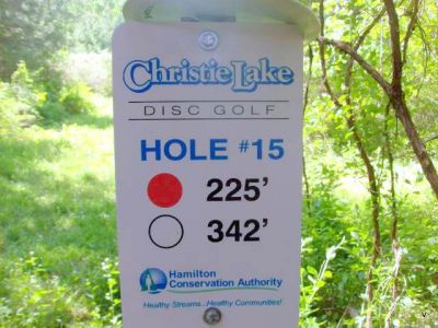 Christie Lake Conservation Area, Main course, Hole 15 Short tee pad