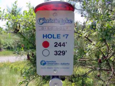 Christie Lake Conservation Area, Main course, Hole 7 Short tee pad