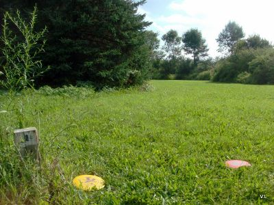 Rideau Acres, Main course, Hole 1 Short tee pad