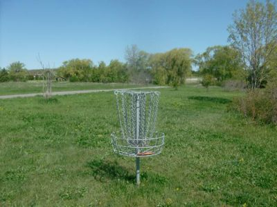 Bronte Creek Provincial Park, Main course, Hole 6 Short tee pad