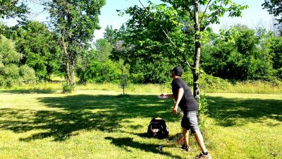 Bronte Creek Provincial Park, Main course, Hole 7 Putt