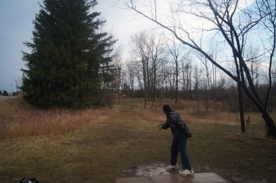 Bronte Creek Provincial Park, Main course, Hole 4 Tee pad