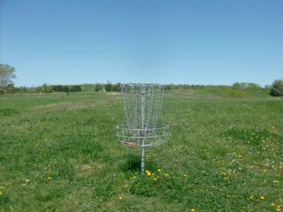 Bronte Creek Provincial Park, Main course, Hole 14 Short tee pad