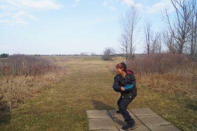 Bronte Creek Provincial Park, Main course, Hole 13 Short tee pad