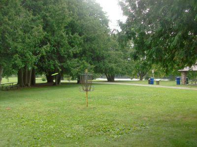 Riverview Park, Main course, Hole 3 Short approach