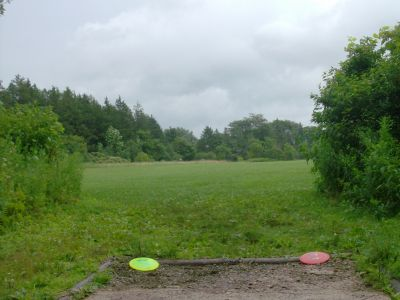 Waterworks, Main course, Hole 1 Long tee pad