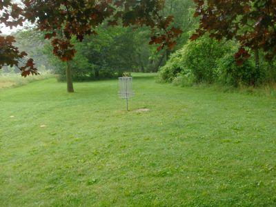 V.A. Barrie Park, Main course, Hole 4 Putt