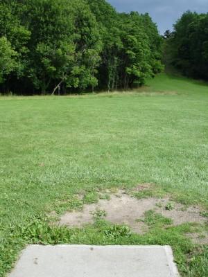 V.A. Barrie Park, Main course, Hole 10 Tee pad