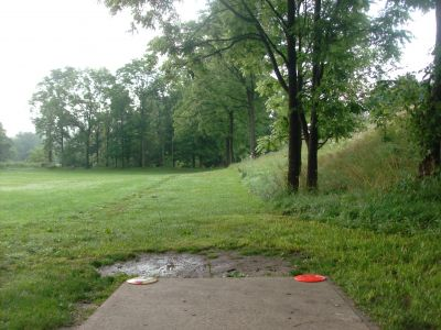 V.A. Barrie Park, Main course, Hole 1 Tee pad