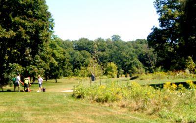 V.A. Barrie Park, Main course, Hole 2