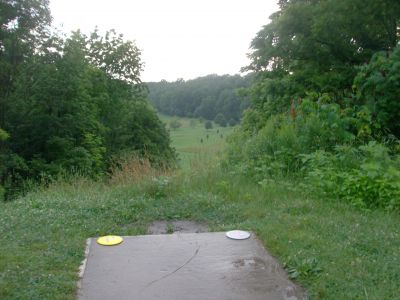 V.A. Barrie Park, Main course, Hole 9 Tee pad