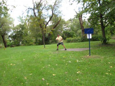 Toronto Island Park, Main course, Hole 10 Long tee pad