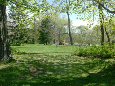 Toronto Island Park, Main course, Hole 14 Short tee pad