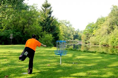 Toronto Island Park, Main course, Hole 4 Putt