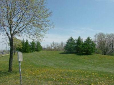 Centennial Park, Main course, Hole 9 Long tee pad