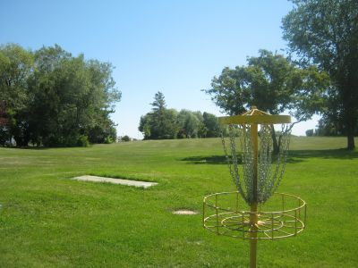 Diefenbaker Park, Main course, Hole 16 Reverse (back up the fairway)