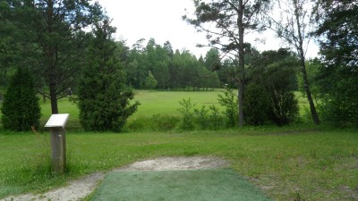 Rudan Frisbeesportcenter, Main course, Hole 9 Tee pad