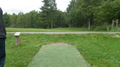 Rudan Frisbeesportcenter, Main course, Hole 1 Tee pad