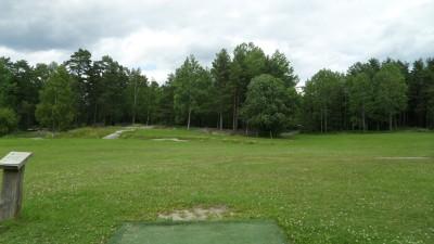Rudan Frisbeesportcenter, Main course, Hole 18 Tee pad