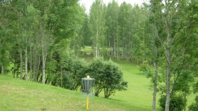 Järva Discgolf Park, Main course, Hole 26 Reverse (back up the fairway)