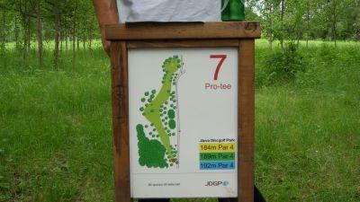 Järva Discgolf Park, Main course, Hole 7 Hole sign
