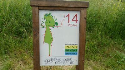 Järva Discgolf Park, Main course, Hole 14 Hole sign