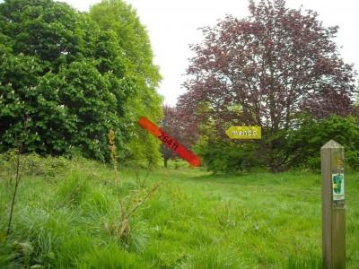 Lloyd Park, Main course, Hole 12 Tee pad