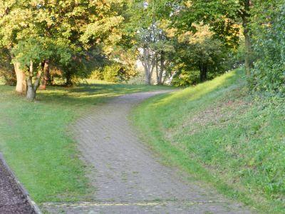 Zürich-Hardhof, Main course, Hole 5 Tee pad