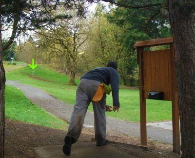 Leverich Park, Main course, Hole 1 Tee pad