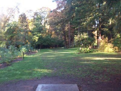Leverich Park, Main course, Hole 9 Tee pad