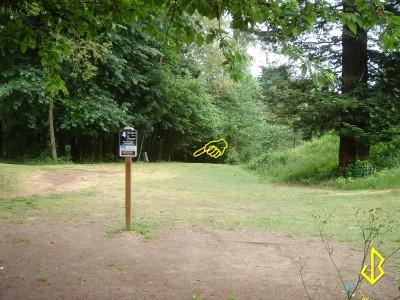 Leverich Park, Main course, Hole 4 Tee pad
