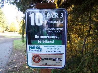 Leverich Park, Main course, Hole 10 Hole sign