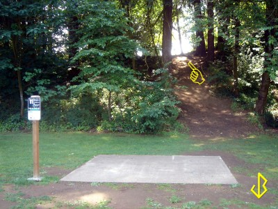 Leverich Park, Main course, Hole 11 Tee pad