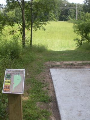 Meyer Broadway Park, North course, Hole 18 Long tee pad