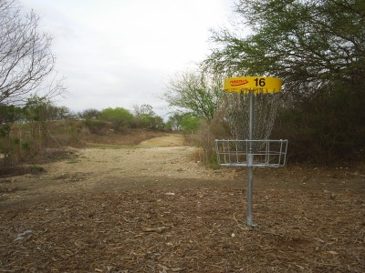 Pearsall Park, Main course, Hole 16 Reverse (back up the fairway)