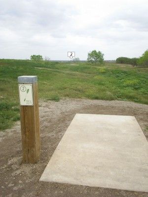 Pearsall Park, Main course, Hole 2 Tee pad
