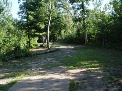 Newaygo State Park, Main course, Hole 2 Long tee pad